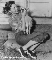 Actress and Academy Award winner Donna Reed in May 1952 on vacation at her parents' farm near Denison.