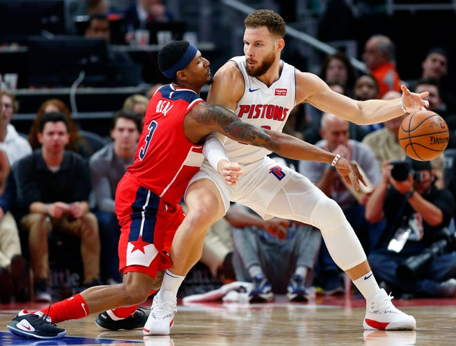 Pistons forward Blake Griffin, right, is averaging 35.9 minutes per game this season.