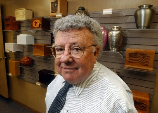 Milo Bohlender, owner of Bohlender Funeral Chapel, in 2005.