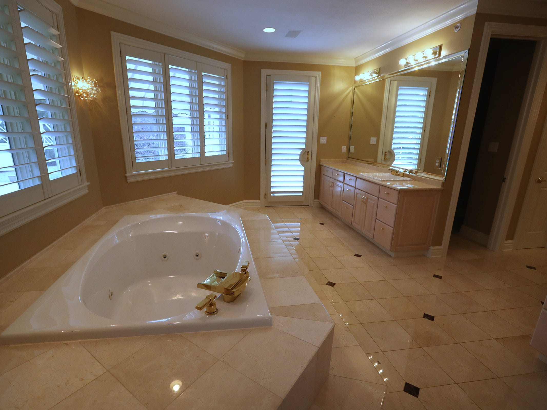 This is the master bathroom in the home at 1270 Laurelwood Ct. in Carmel, Friday, Dec. 28, 2018.