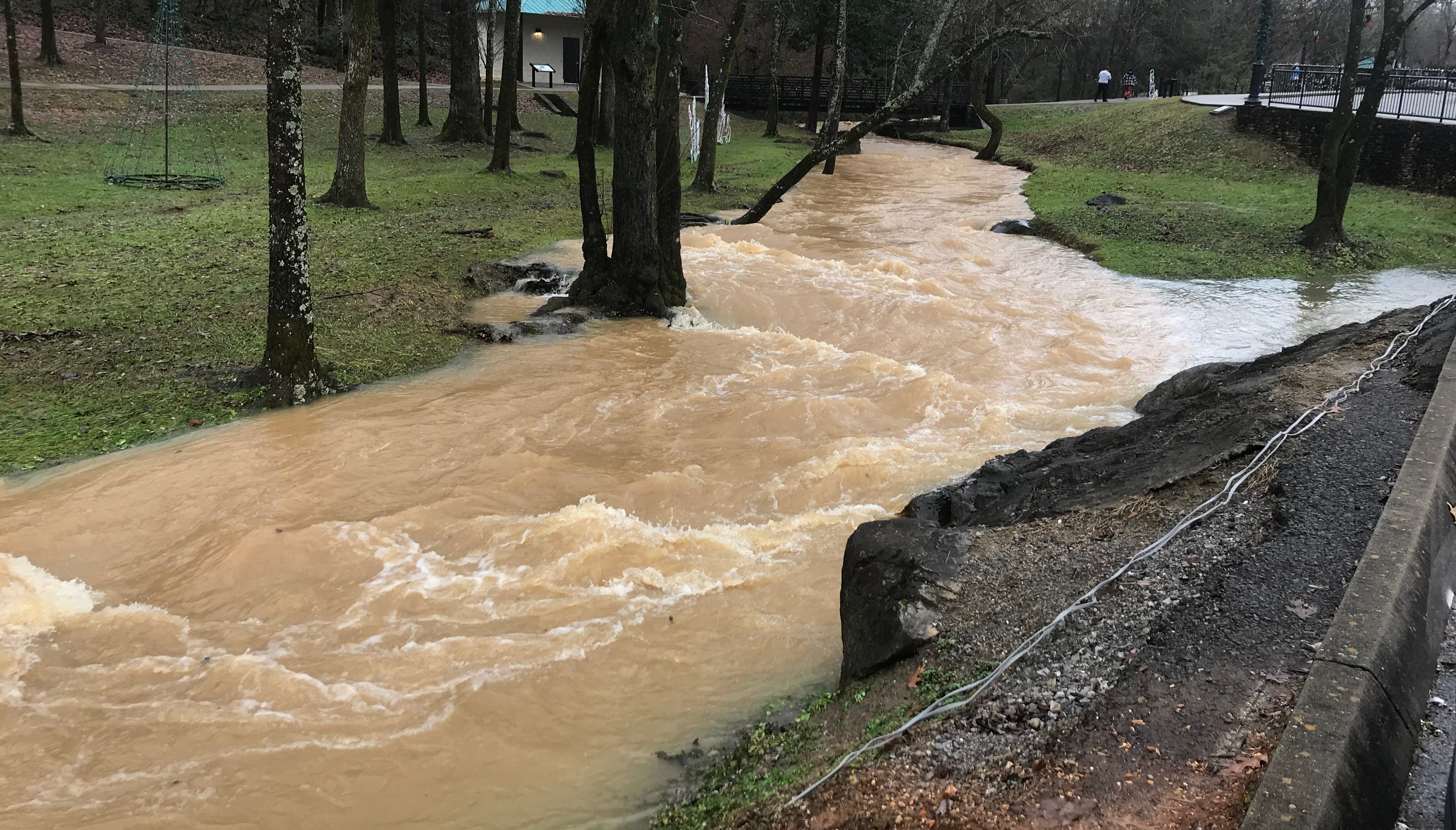 Heavy rain brings flooding to Founders Park in Farragut