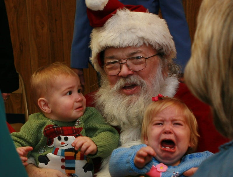 Entries in the Knoxville News Sentinel's Scared of Santa — or Not — Photo Contest.