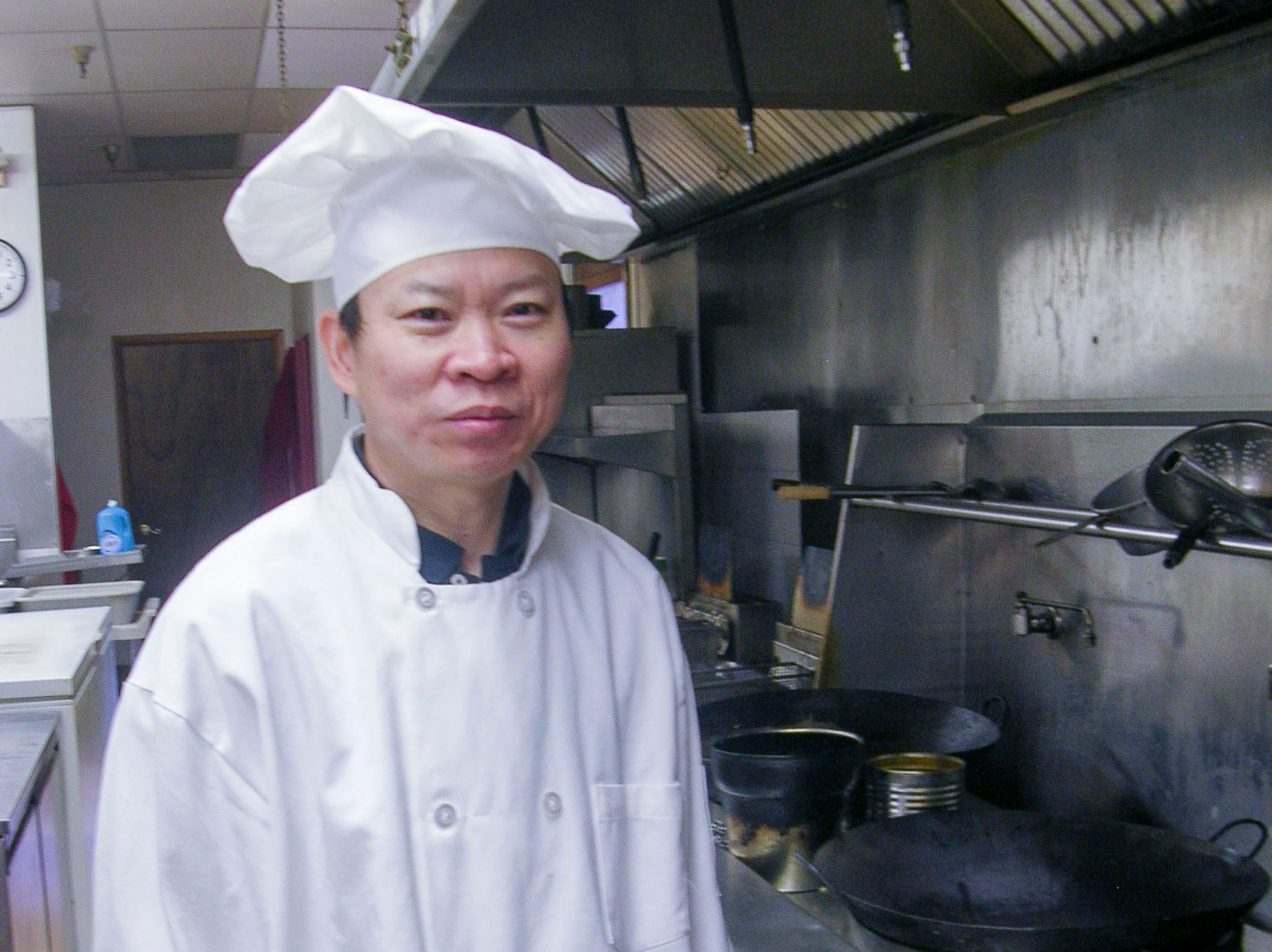 Peter Chang, a master Szechwan chef, is pictured in the kitchen of Hong Kong House, a Chinese restaurant in West Knoxville in the fall of 2008.