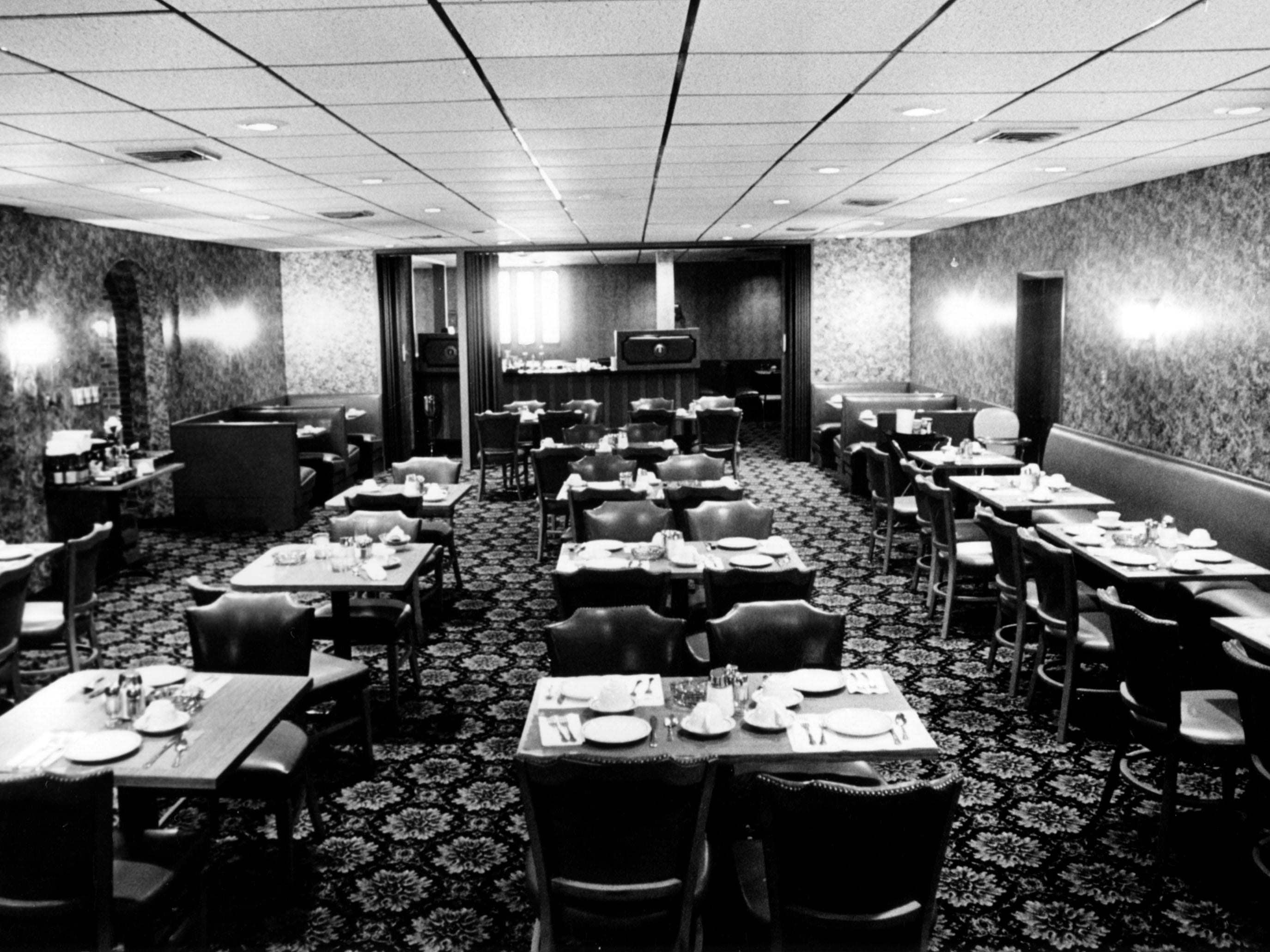Arthur's Steak and Lobster dining room in 1974.