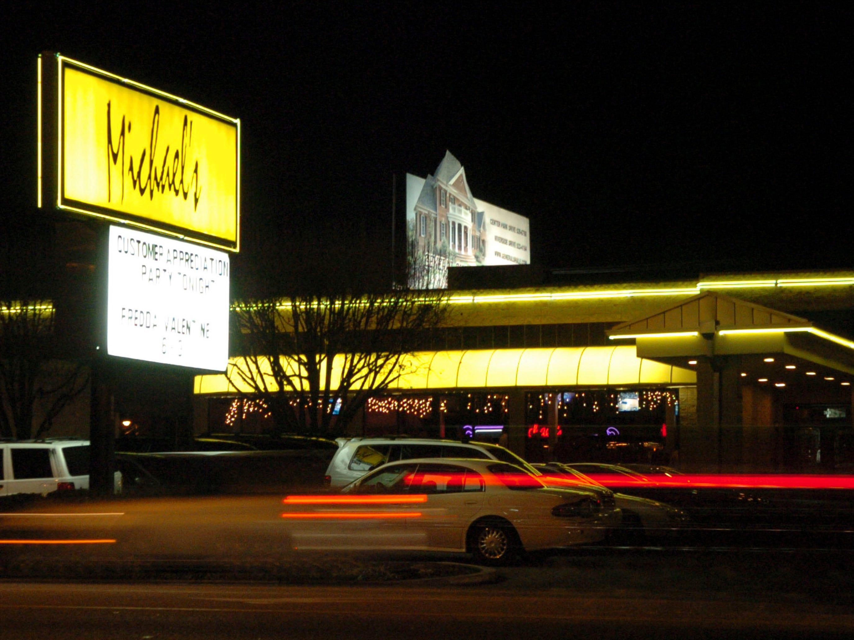 Michael's restaurant and bar on Kingston Pike in west Knoxville in 2005.