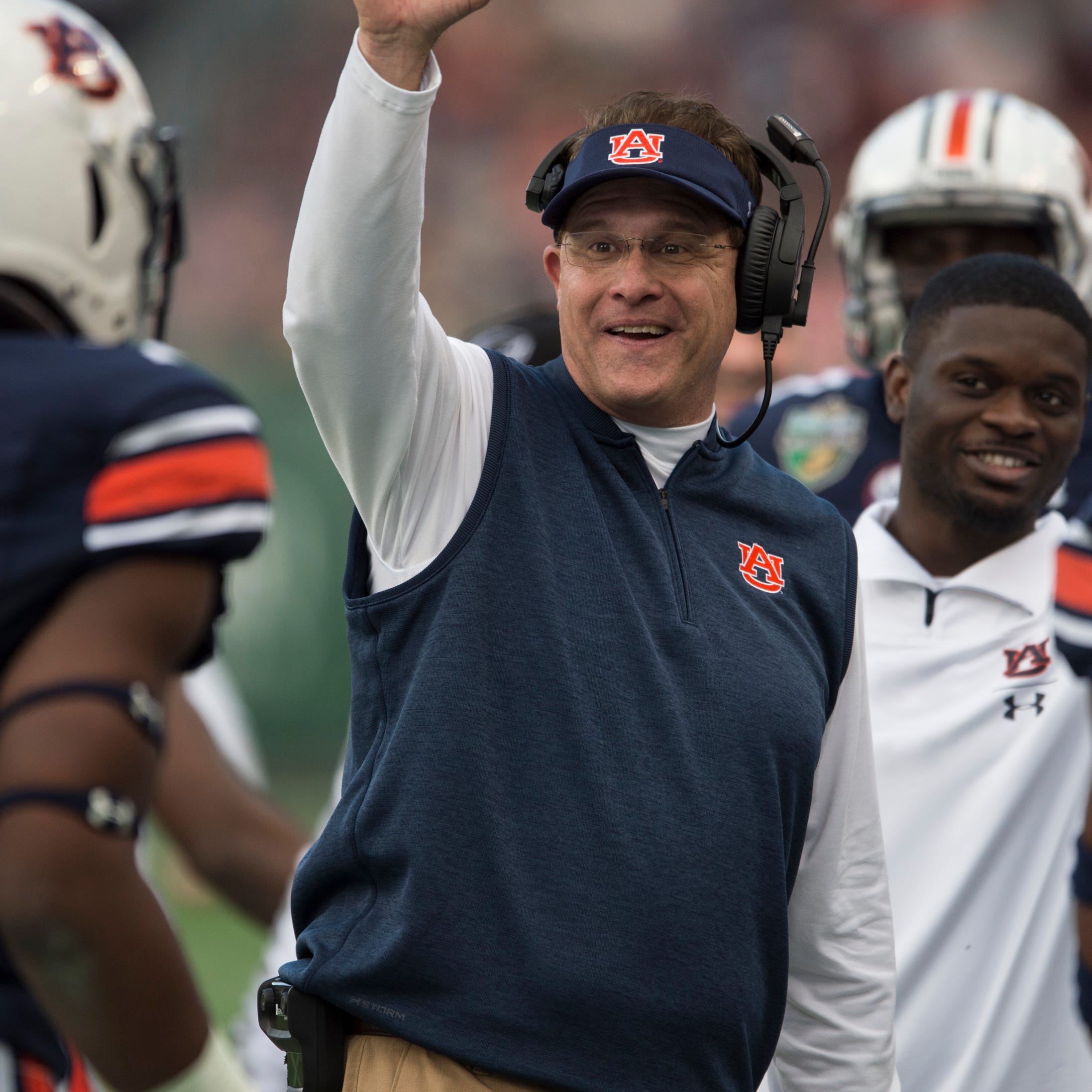 Bowl win, returning cast give Auburn reason for optimism after disappointing 2018 season