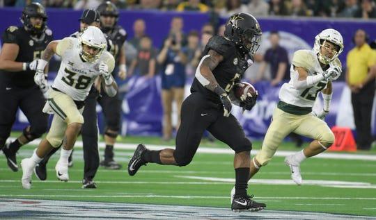Vanderbilt running back Ke'Shawn Vaughn rushed for 1,244 yards on just 157 carries last season.