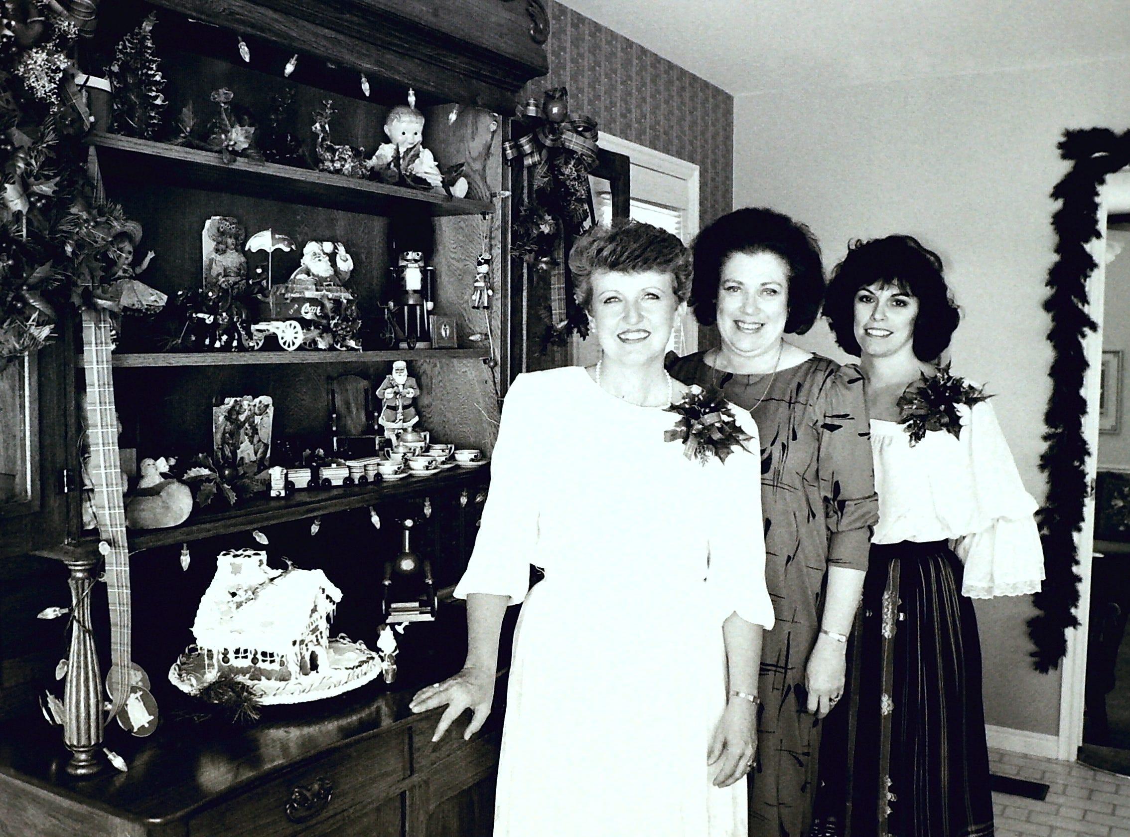 Holiday House Tour circa 1985.