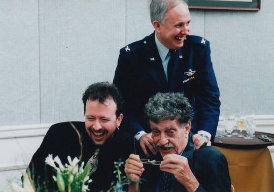 Hinson and author Kurt Vonnegut.