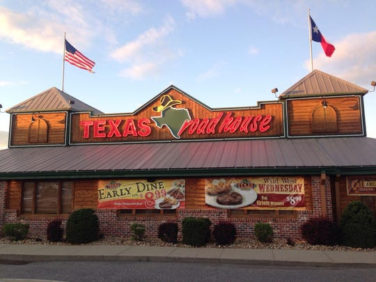 Texas Roadhouse is one of the top 10 large U.S. restaurant chains, according to TripAdvisor.