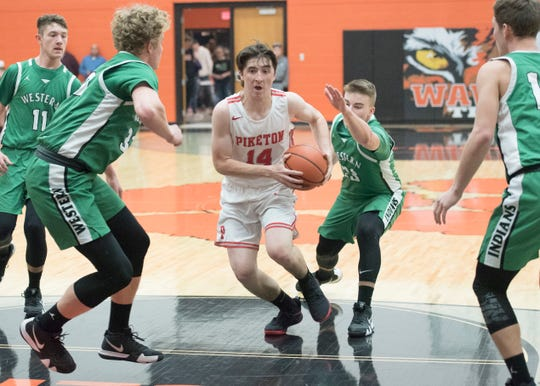 Piketon's Scott Lightle takes it to the rim during a game against Western during the 2018-19 Pike County Holiday Classic.
