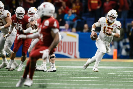 Iowa State's Brock Purdy (15) rushes during the Valero Alamo Bowl on Friday, Dec. 28, 2018, in San Antonio. Washington State would go on to win 28-26.