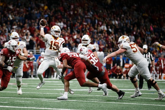 Iowa State's Brock Purdy (15) passes during a two-point conversion attempt that failed during the Valero Alamo Bowl on Saturday, Dec. 29, 2018, in San Antonio. Washington State would go on to win 28-26.