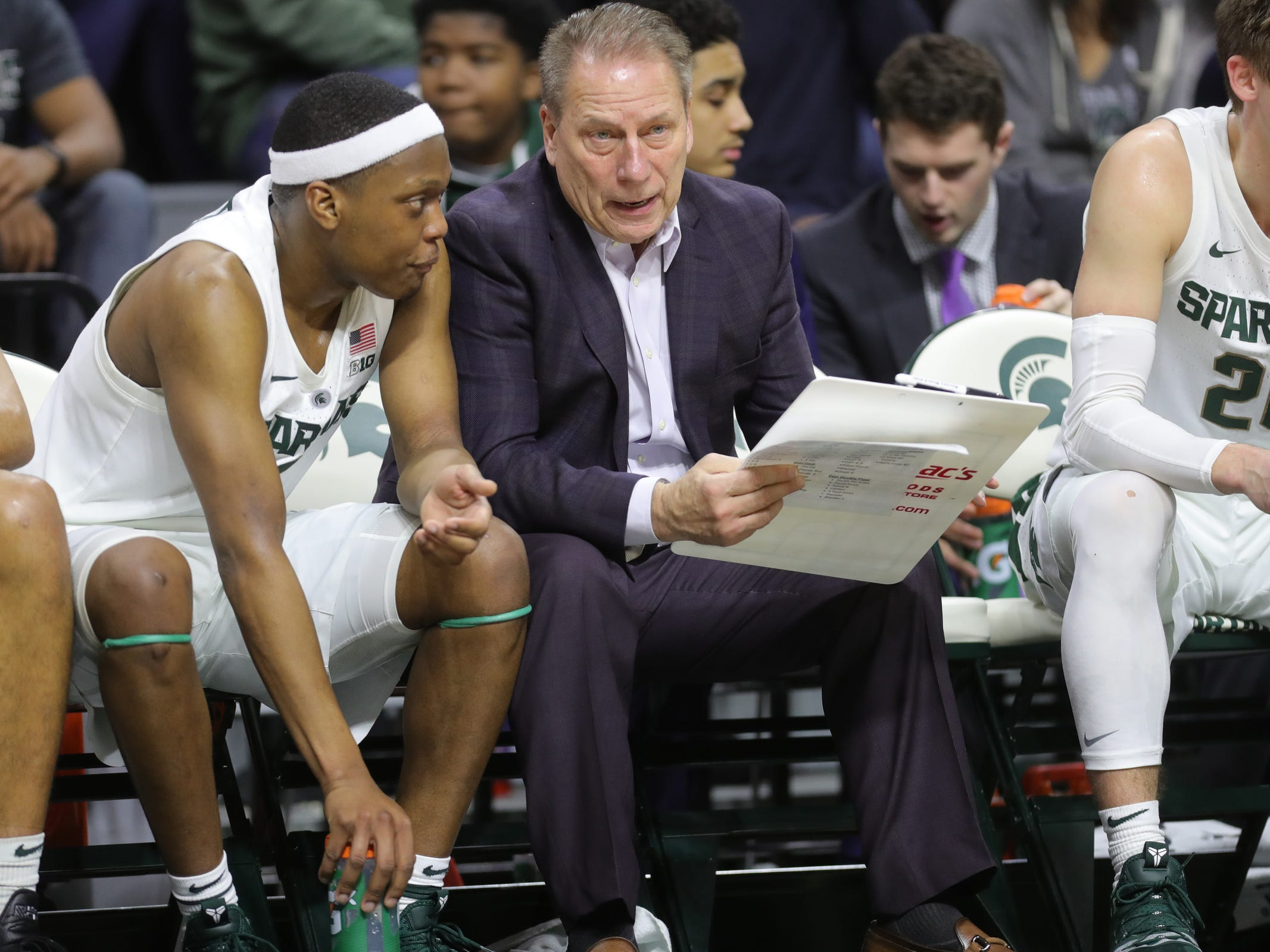 Tom Izzo walks tightrope as Michigan State enters critical part of season