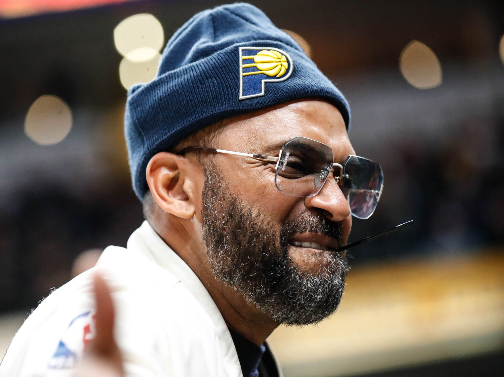 Mike Epps greets fans during a game between the Indiana Pacers and the Detroit Pistons at at Bankers Life Fieldhouse in Indianapolis on Friday, Dec. 28, 2018.