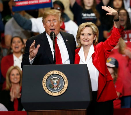 Cindy Hyde Smith Donald Trump