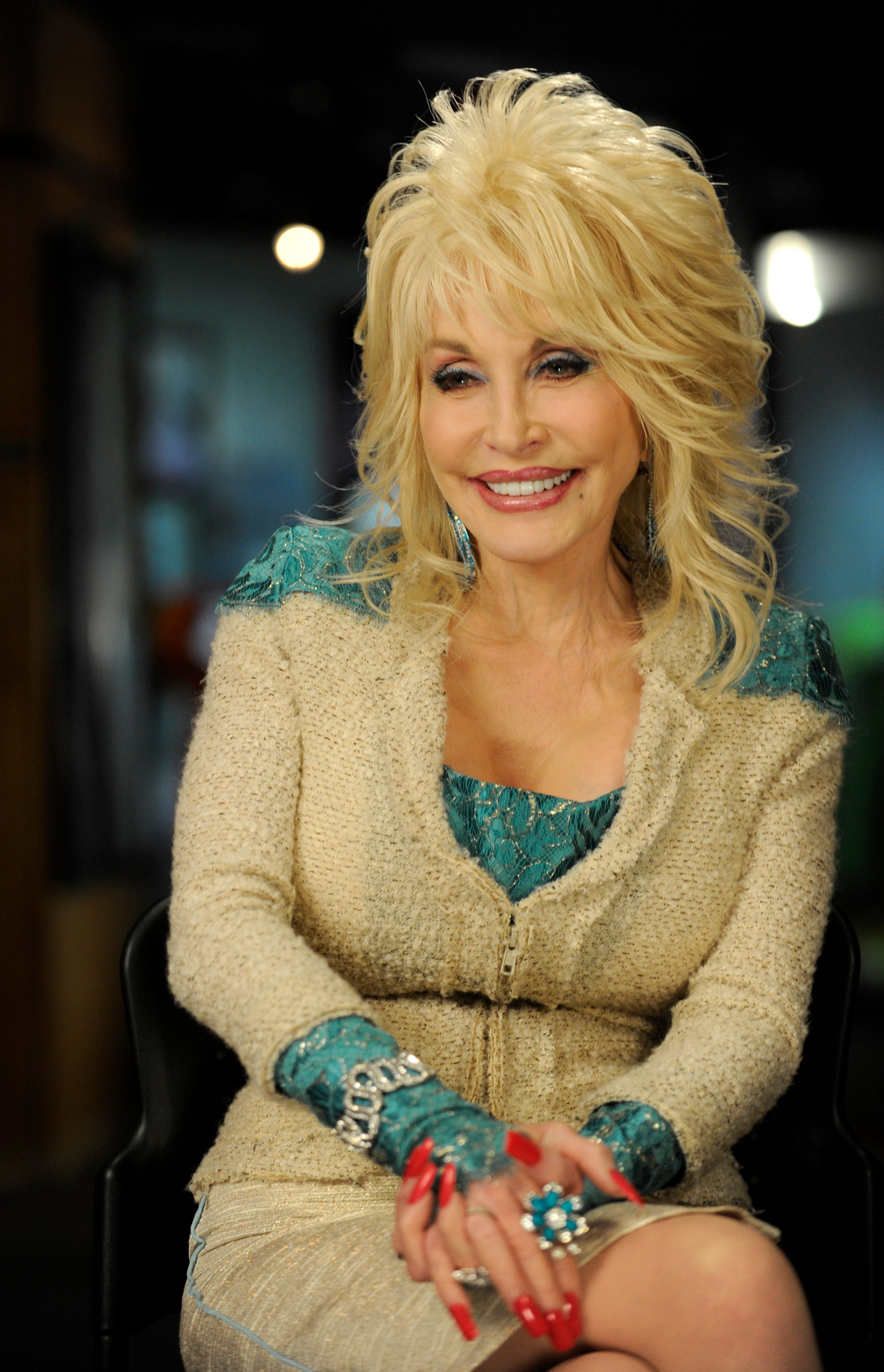 Obama says it was a  screw up  not awarding Dolly Parton the Presidential Medal of Freedom