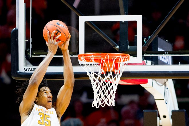 Tennessee's Yves Pons dunks against Tennessee Tech on Saturday.