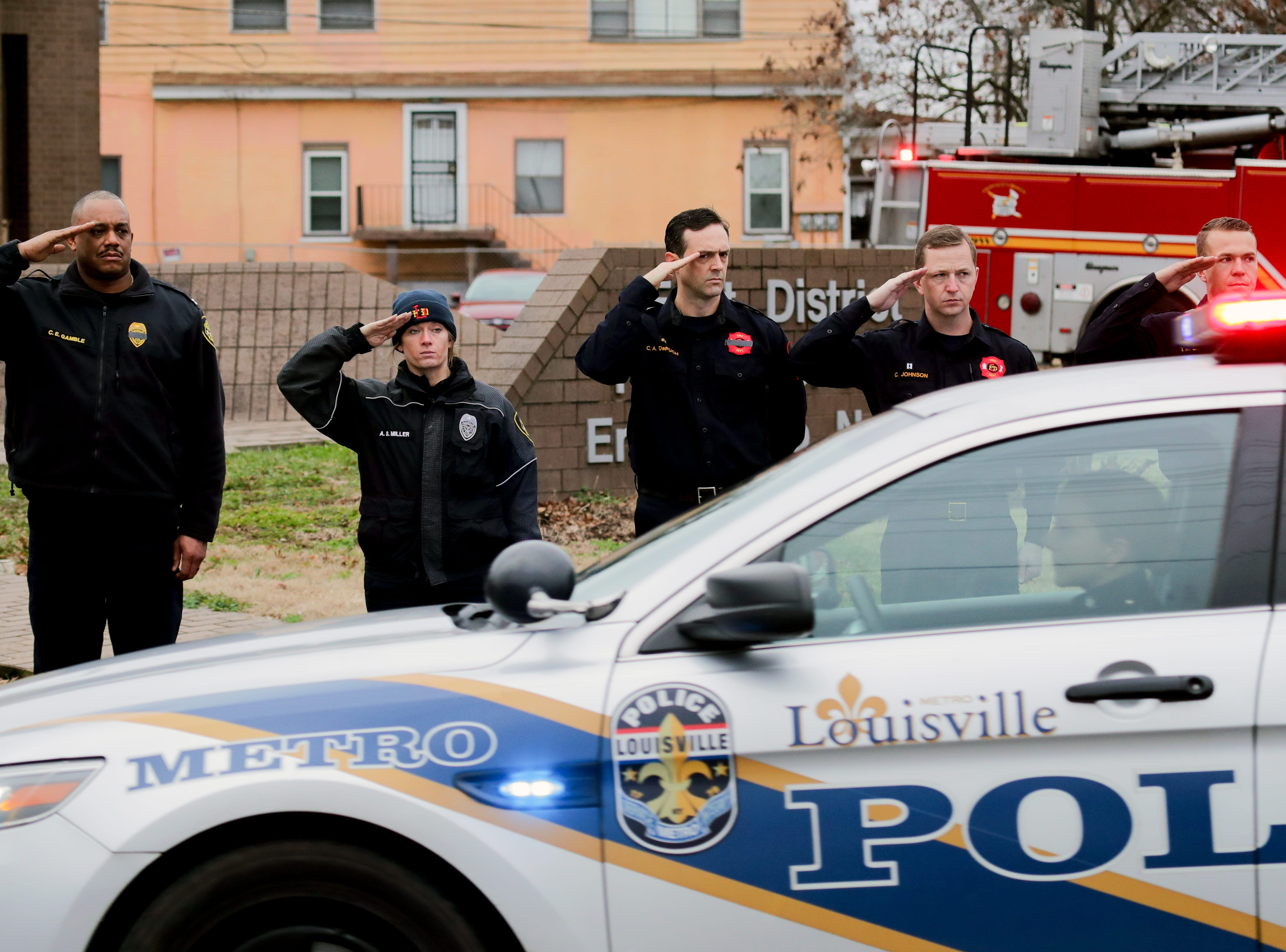 LMPD's Det. Deidre Mengedoht's procession came down River Park as it made it's way through the community she served. 