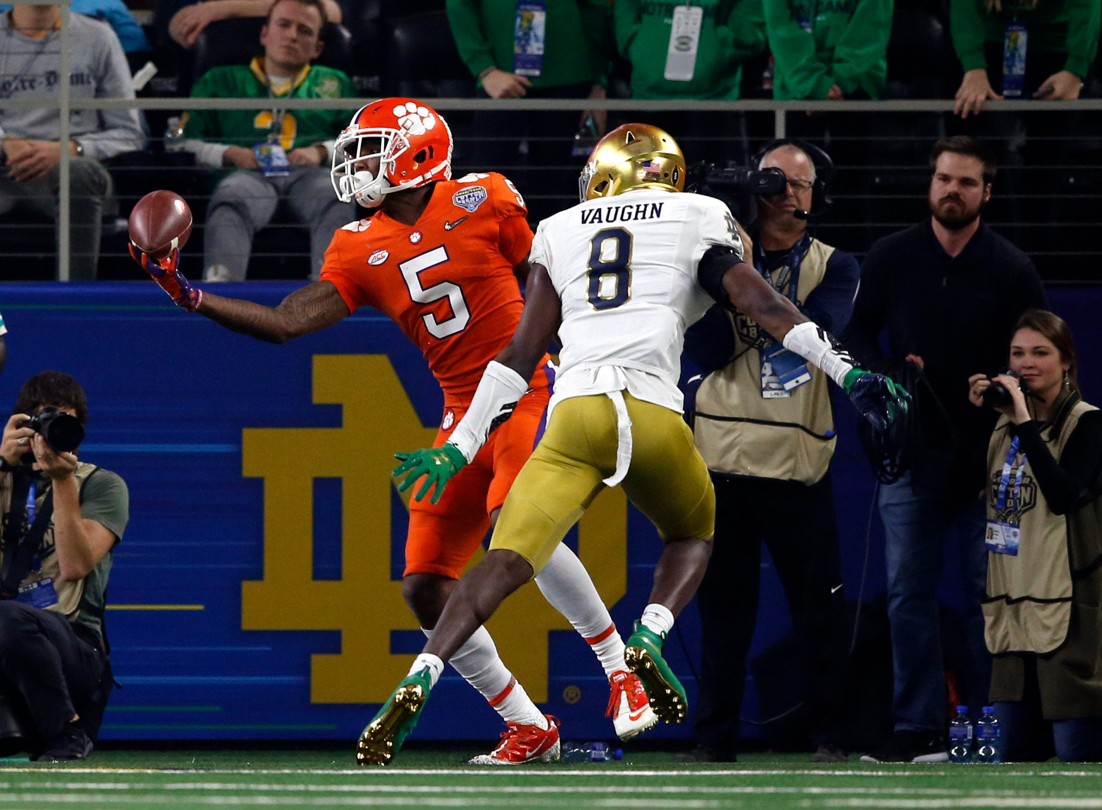 Cotton Bowl Clemson Routs Notre Dame In College Football