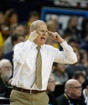 Michigan coach John Beilein reacts after a call during the first half on Sunday, Dec. 30, 2018, at Crisler Center.