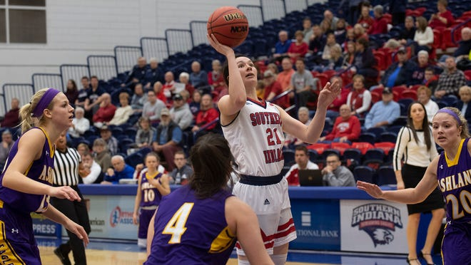 USI senior Alex Davidson shoots during the Eagles' game against No. 8 Ashland on Sunday afternoon.