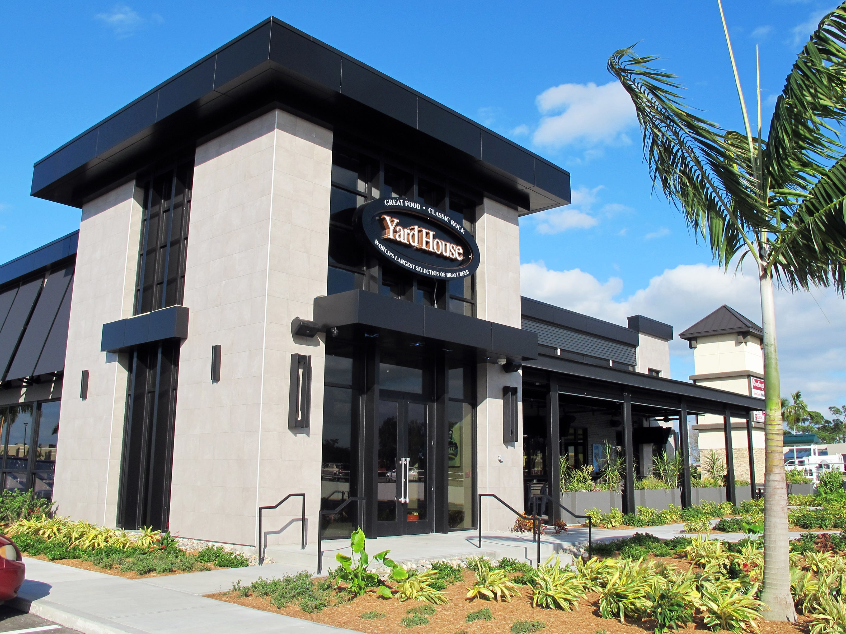Yard House restaurant and bar will open Jan. 21, 2019, in Park Shore Plaza on U.S. 41 in Naples.