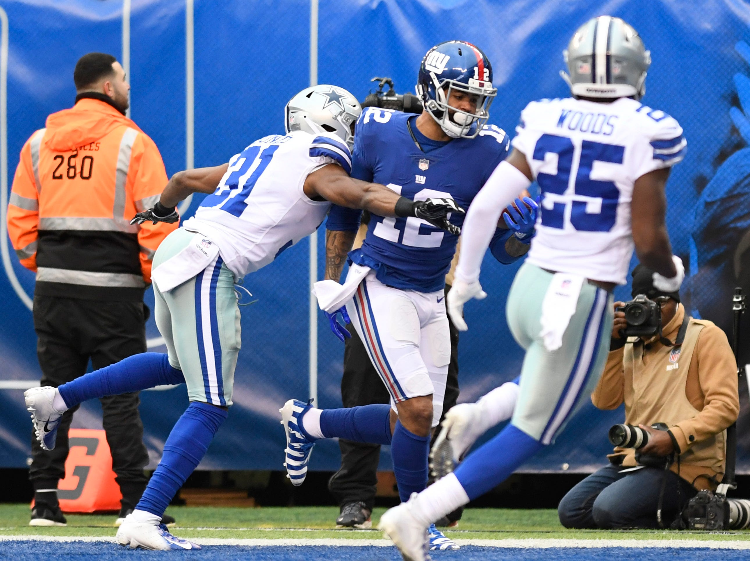 New York Giants wide receiver Cody Latimer (12) makes a one-handed catch for a touchdown in the first half. The New York Giants face the Dallas Cowboys in the last regular season game on Sunday, Dec. 30, 2018, in East Rutherford.
