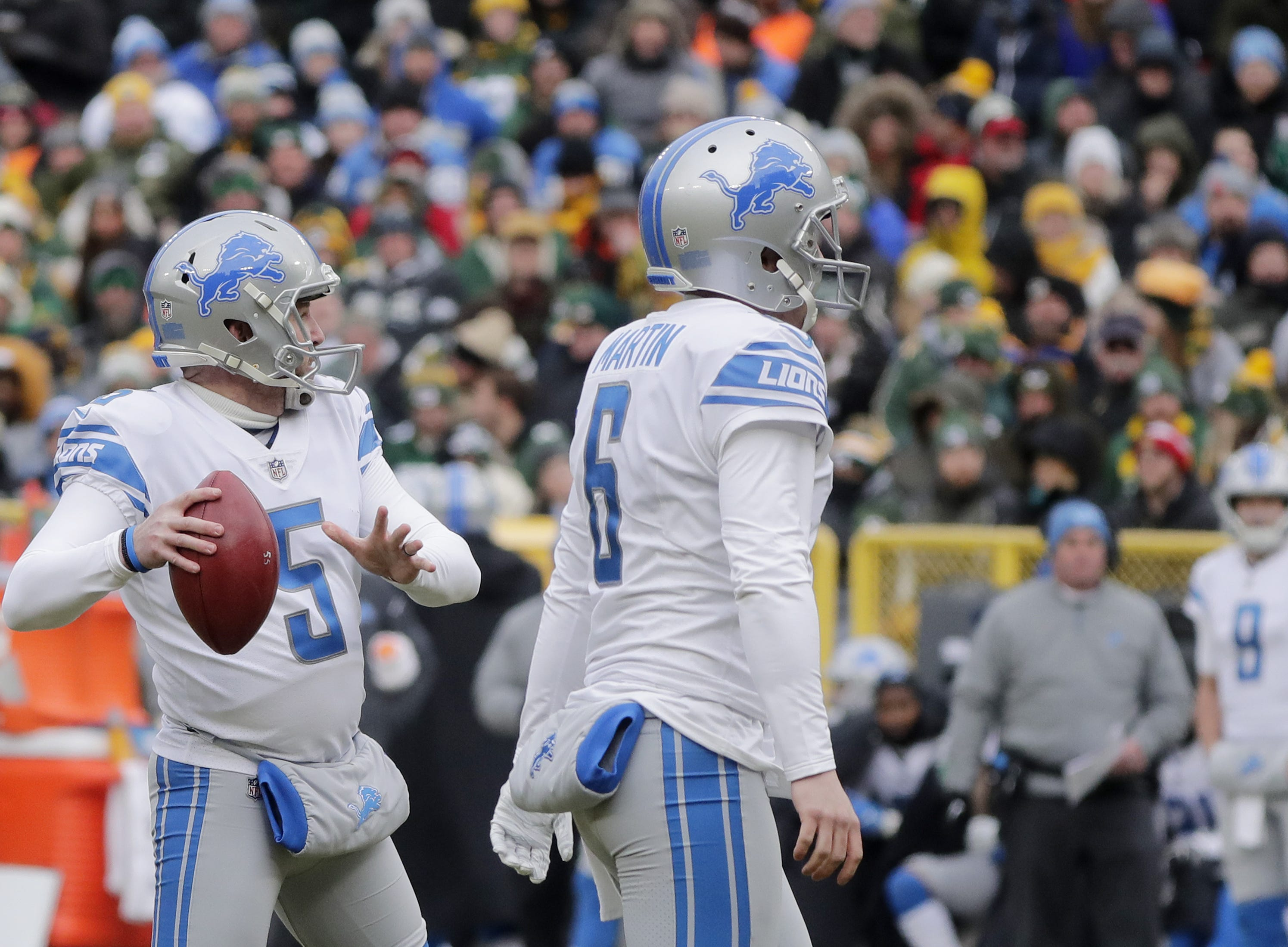 Detroit Lions kicker Matt Prater (5) throws a touchdown pass in the second quarter against the Green Bay Packers at Lambeau Field on Sunday, December 30, 2018 in Green Bay, Wis. Adam Wesley/USA TODAY NETWORK-Wis