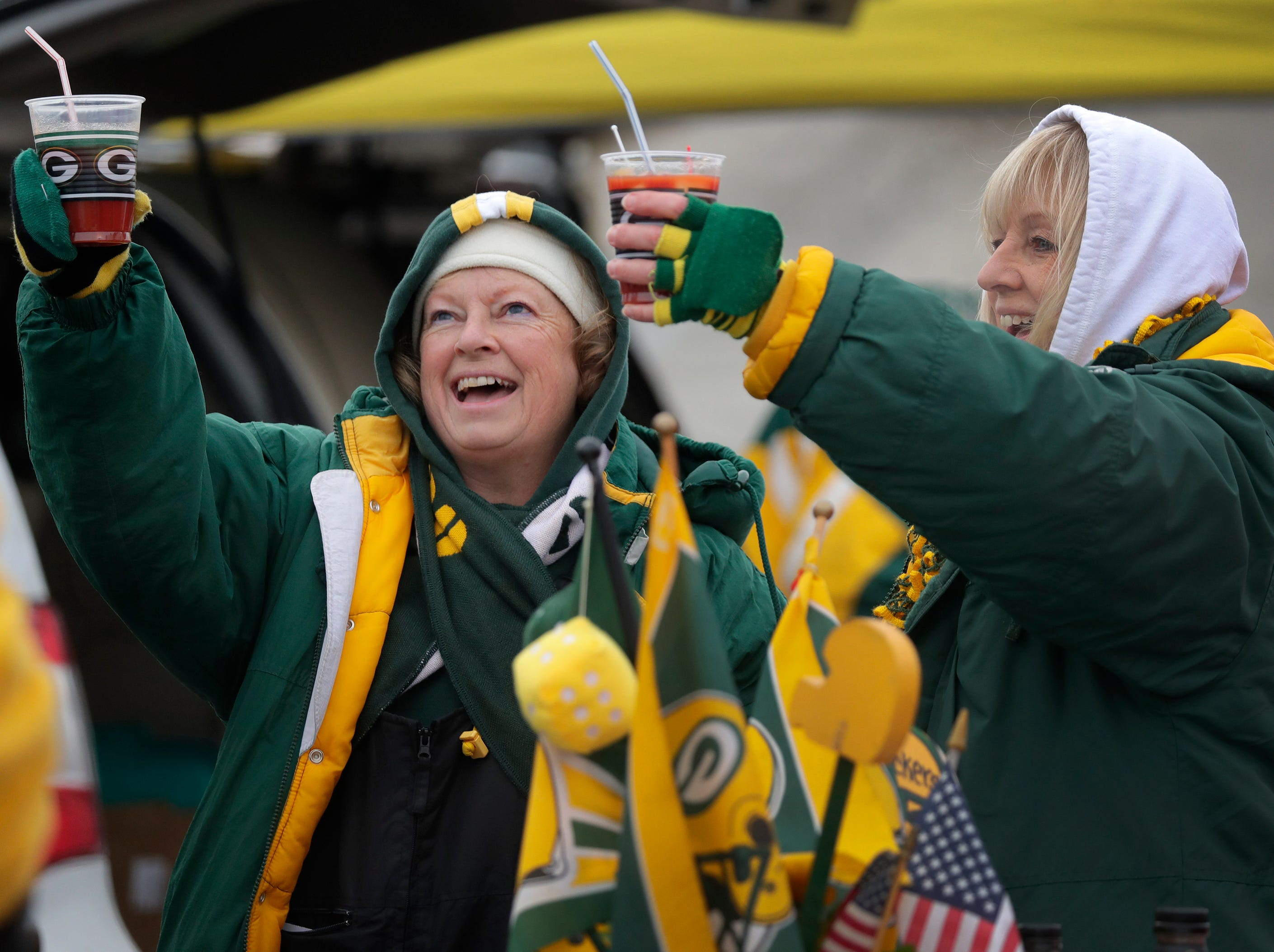 Sue Gutzman, left, and Debbie Gore tailgate before the Green Bay Packers take on the Detroit Lions on Sunday, December 30, 2018, at Lambeau Field in Green Bay, Wis.