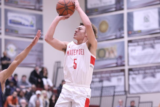 Mater Dei's Devin Askew shoots the ball during the MaxPreps National Division Championship game at the Rancho Mirage Holiday Invitational in Rancho Mirage on Saturday, December 29, 2018. Mater Dei won.