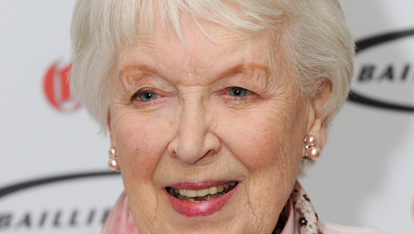 Actress June Whitfield Absolutely Fabulous Matriarch Dies At 93