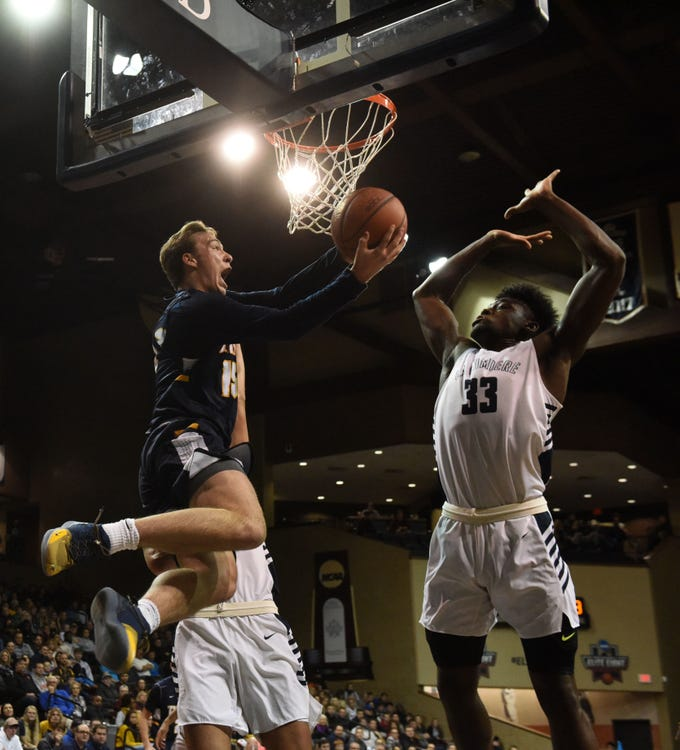 Tea's Noah Freidel (15) goes up for a shot during a game against La Lumiere at the Hoop City Classic at the Sanford Pentagon in Sioux Falls, S.D., Saturday, Dec. 29, 2018.