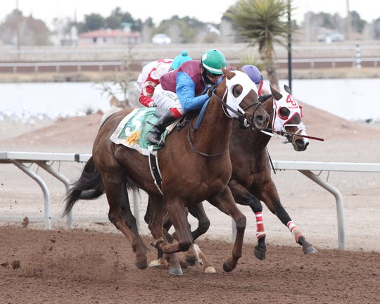 Thunder Dome won the 6 and 1/2 furlong Johnie L. Jamison Handicap Saturday at Sunland Park Racetrack & Casino.