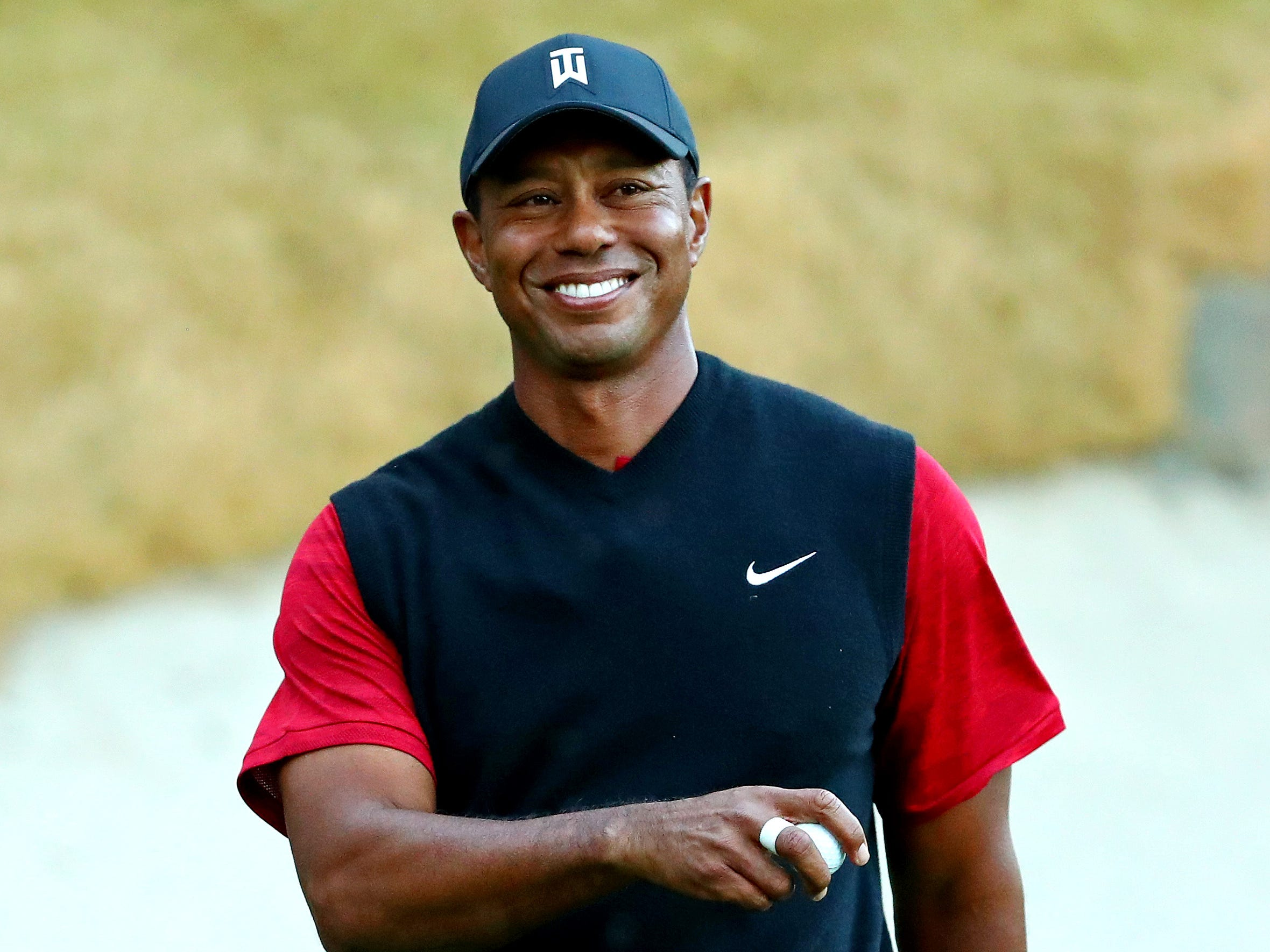 On his 43rd birthday, 43 reasons why Tiger Woods will win another major title