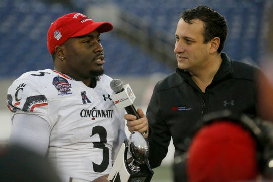 Cincinnati Bearcats running back Michael Warren II (3) is named the game MVP after the fourth quarter of the Military Bowl at Navy–Marine Corps Memorial Stadium in Annapolis, Md., on Monday, Dec. 31, 2018. The Bearcats took home the Military Bowl trophy and complete the team's third-ever 11-win season.