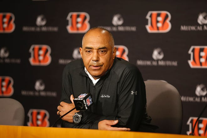 Marvin Lewis speaks at a press conference on Dec. 31 at Paul Brown Stadium announcing his departure from head coach of the Cincinnati Bengals.