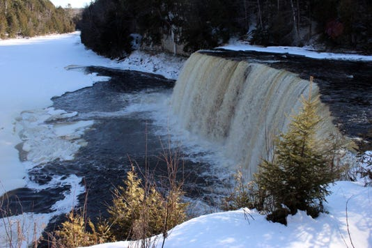 Tahquamenon Falls Feb 2012