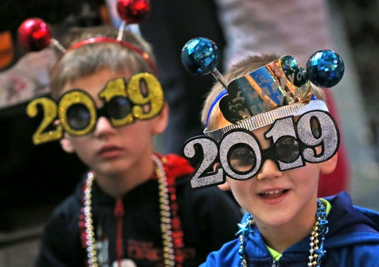 Annual Countdown To Noon Celebrates The Coming Of 2019 At The Children S Museum