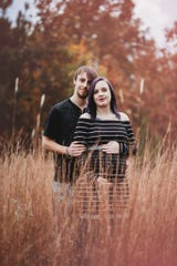 "Clarissa Tilley did a  maternity ""love shoot"" for Krysta Davis and her boyfriend Derek Lovett."
