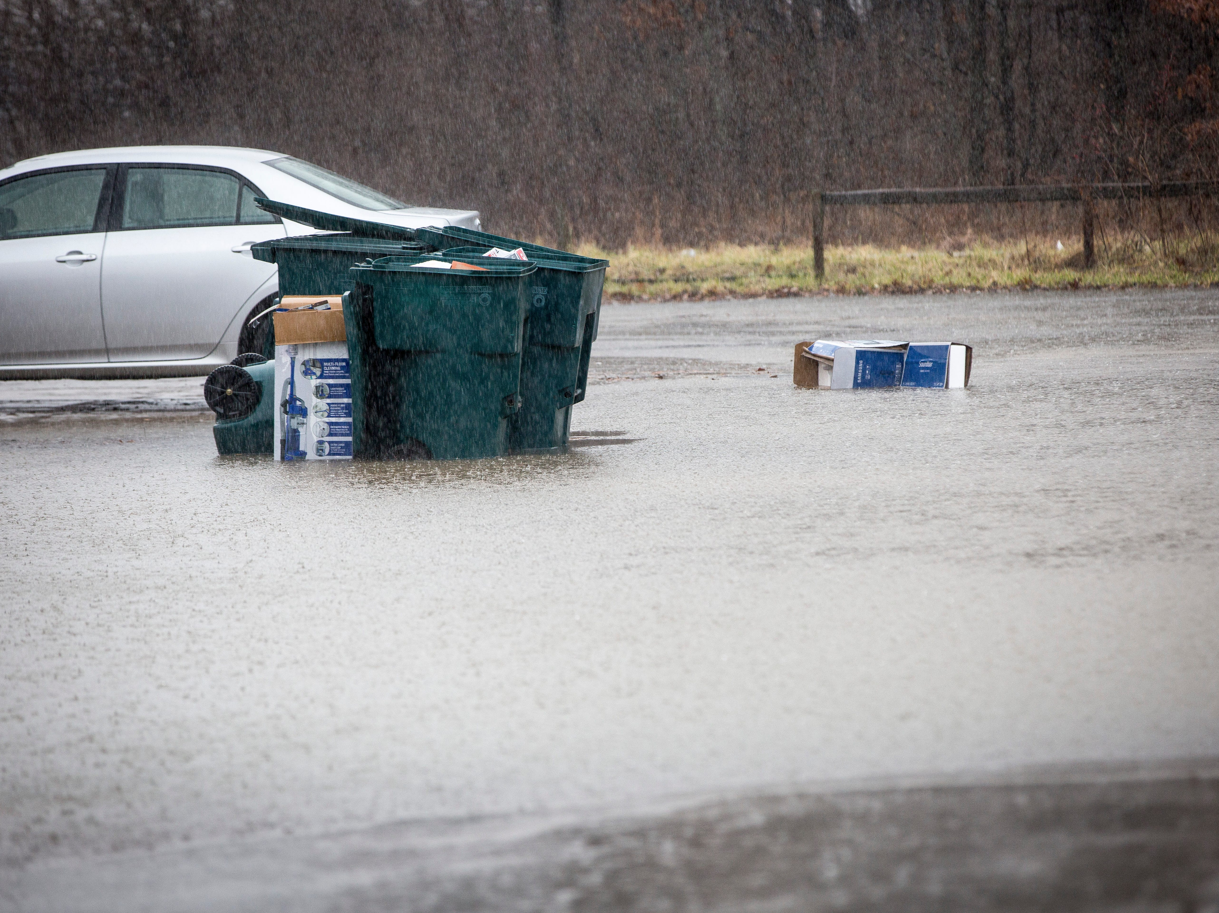 Steady rainfall caused minor flooding across the area Monday afternoon as the National Weather Service reported rainfall up to one inch in most of the area. Delaware County will be under a flood advisory until later Monday night.