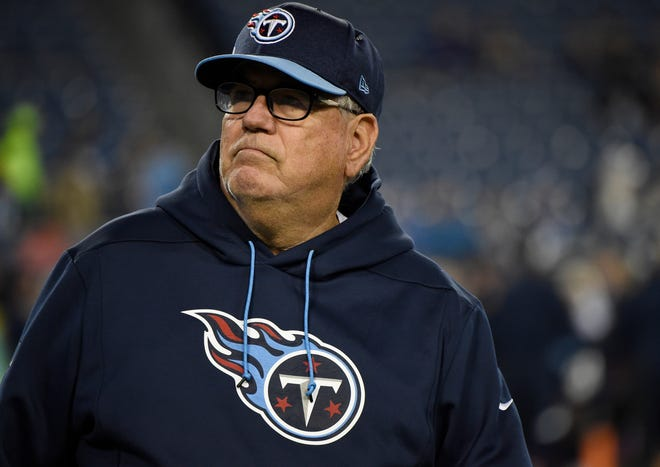 Titans defensive coordinator Dean Pees watches warmups before the game at Nissan Stadium Sunday, Dec. 30, 2018, in Nashville, Tenn.