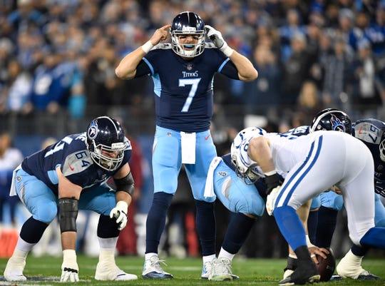 Titans quarterback Blaine Gabbert (7) calls a play in the first quarter at Nissan Stadium Sunday, Dec. 30, 2018, in Nashville, Tenn.