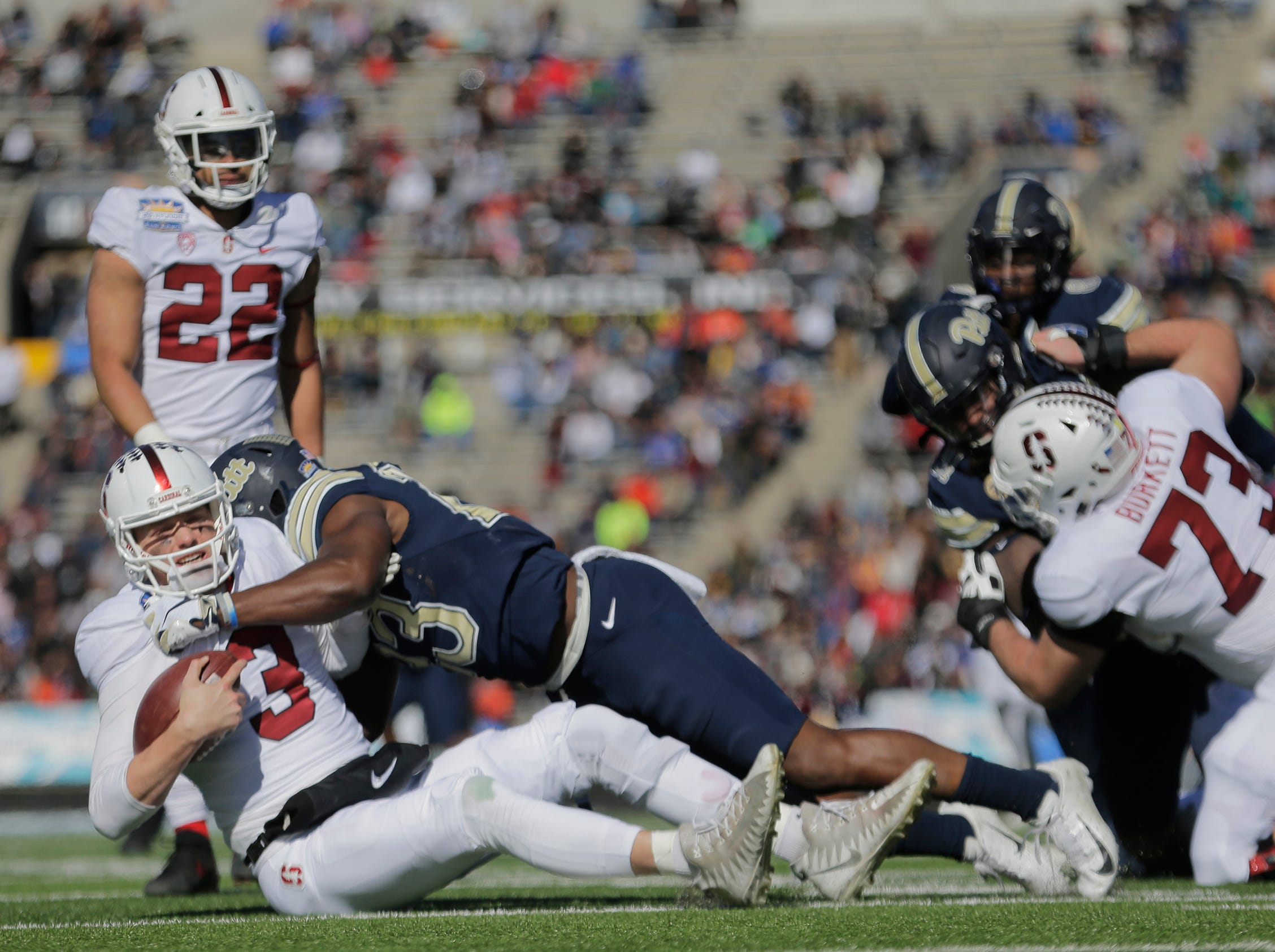 85th Hyundai Sun Bowl action featuring Pitt and Stanford.