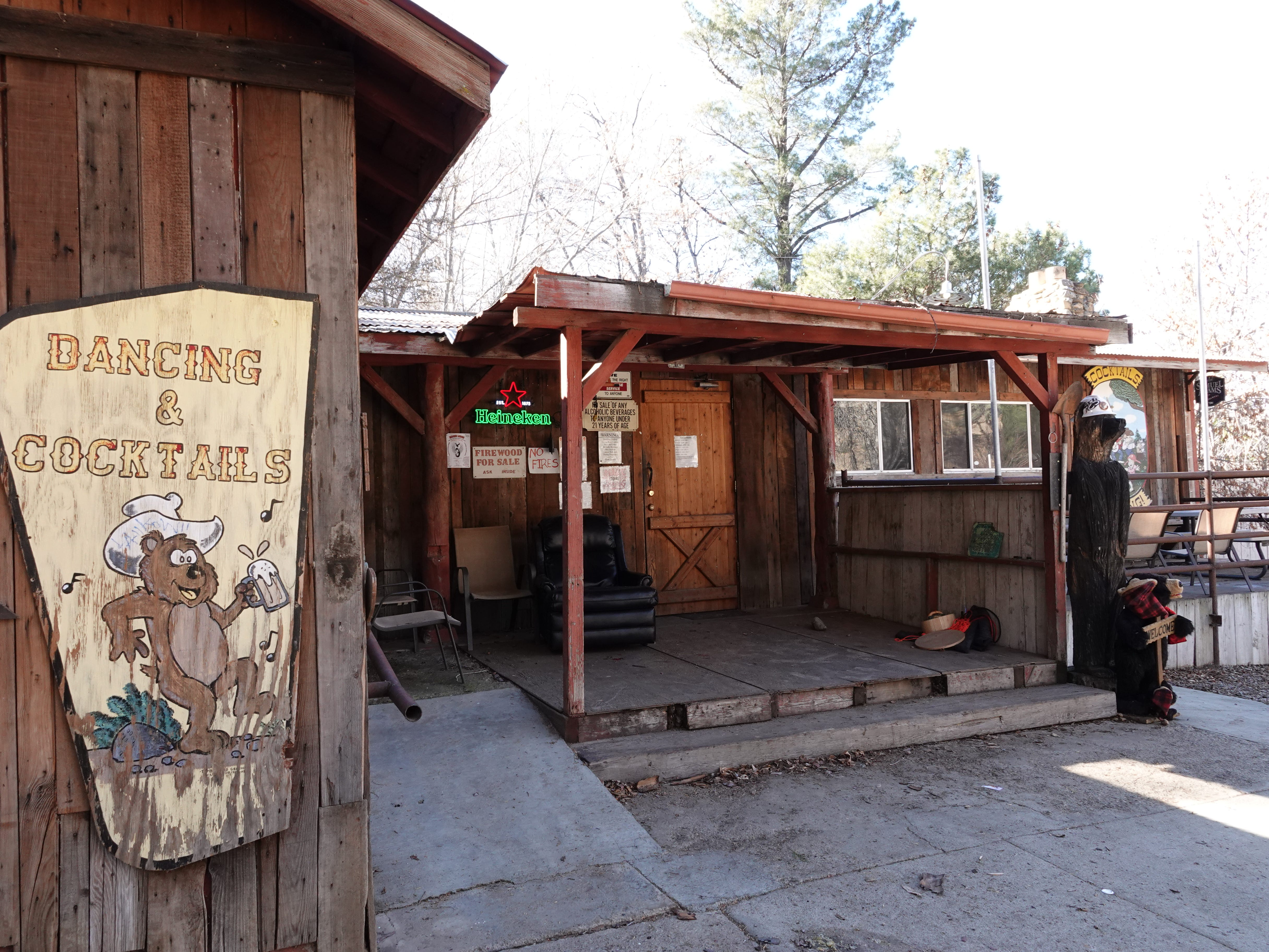 The Reyes Creek Bar and Grill in the Lockwood Valley serves a nearby campground and the Camp Scheideck community. The locale is within the 610-square-mile area served by a remote Ventura County sheriff's substation.