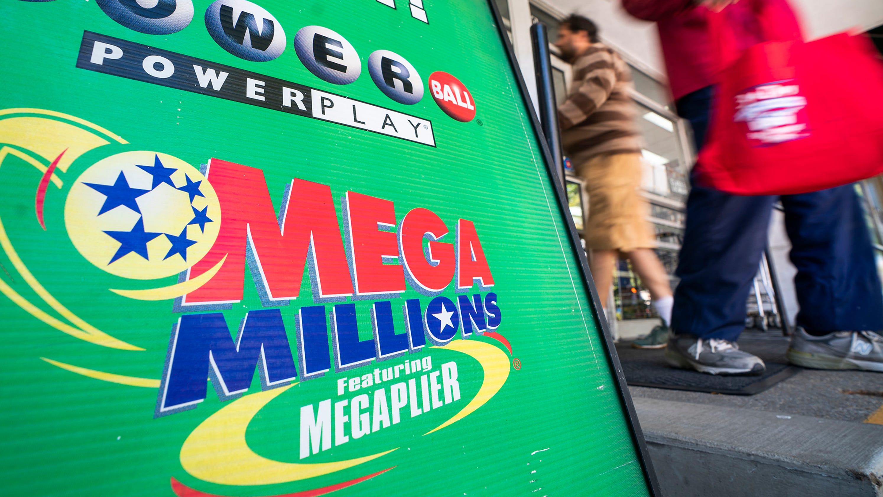 Mega Millions: Winning ticket sold in $425M New Year's Day drawing2988 x 1680