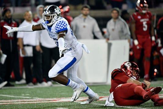 Ncaa Football Kentucky At Louisville