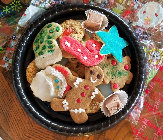 Darla Smith still loves to painstakingly hand decorate every holiday or special occasion cookie she bakes at Daily's Bakery.