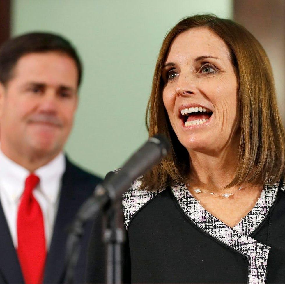 Senadora de Arizona apoya a Trump en visita a la frontera con México