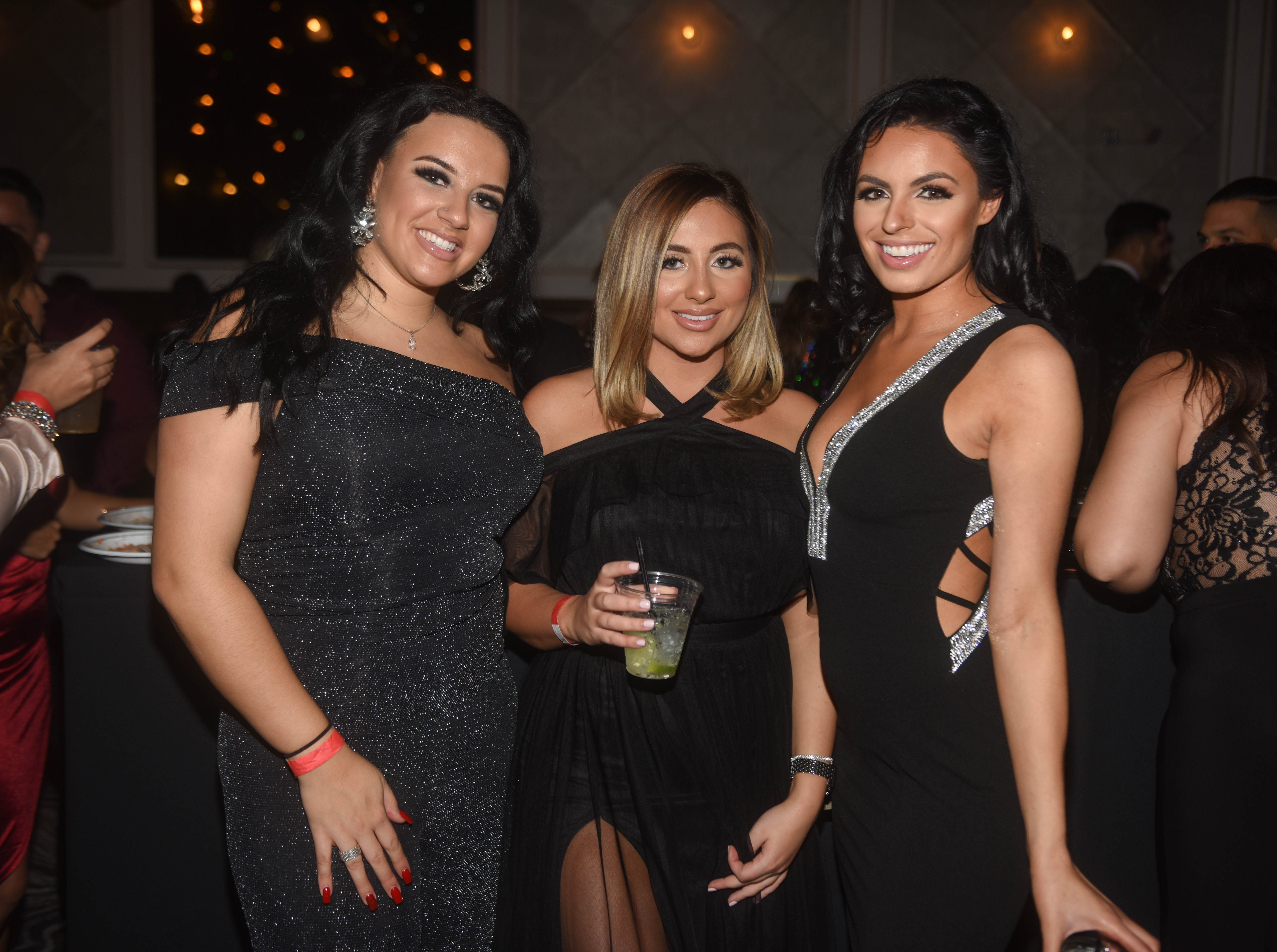 The Atelier Ballroom in Jersey City rang in 2019 with their Midnight Ball NYE Black Tie Affair. 12/31/2018
